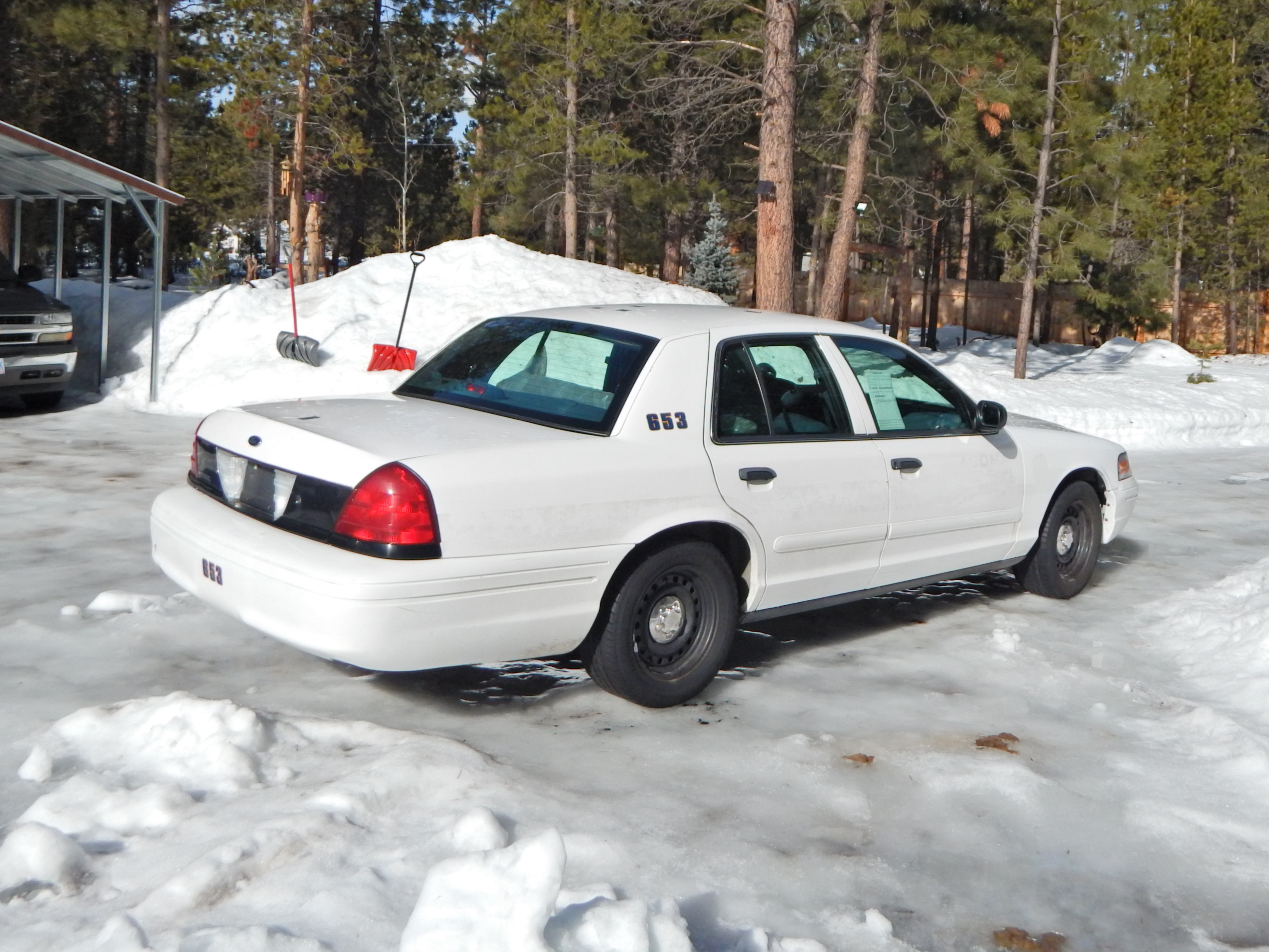 Ford Crown Victoria P Interceptor Runs And Drives Great Brand New Cushion Back Seat That Has Never Been Sat In  L V Hwy Mpg